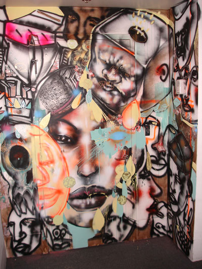 A couple of weeks ago renown muralist david choe painted the entire facebook offices in palo alto andrew of outer edge studio was there hanging out with