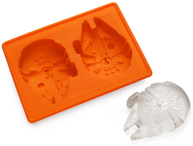 Star Wars Themed Ice Cube Trays That Can Create Ice or Candy