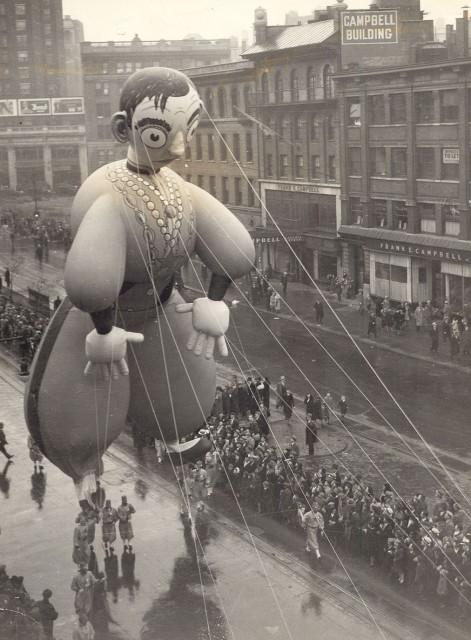 Eddie Cantor balloon 1940 parade