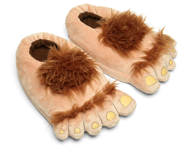 Plush Halfling Slippers at ThinkGeek