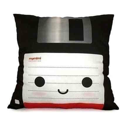 floppy-disc-pillow