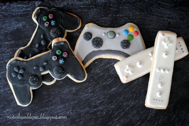 Wii, Xbox and PS3 Controller Sugar Cookies