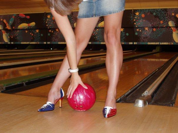 Retro High-Heeled Bowling Shoes