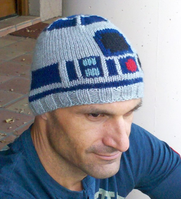 Custom Made Knitted R2-D2 Sweater & Hat