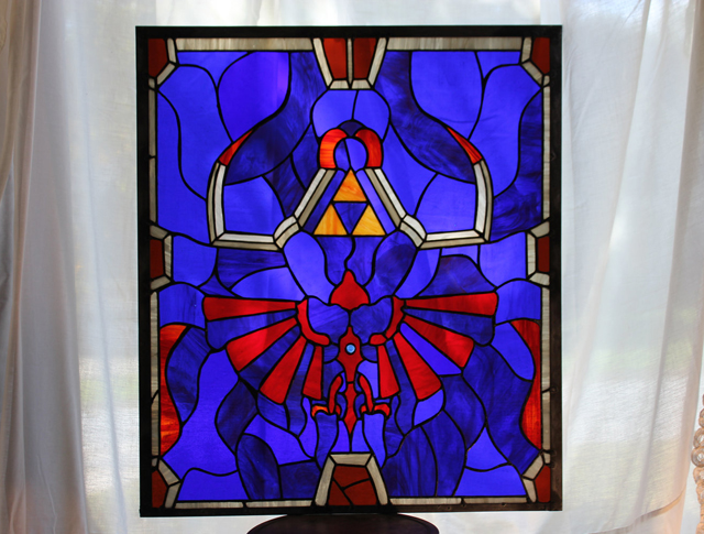 Legend of Zelda - Link's Hylian Shield X Stained Glass Panel by Martian Glass Works