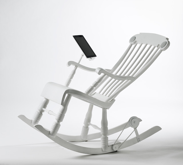 iRock power generating rocking chair by Micasa