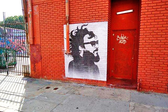 Joaquin Phoenix street art