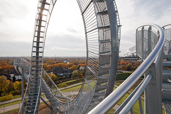 Tiger and Turtle, a walkable roller coaster by Heike Mutter und Ulrich Genth