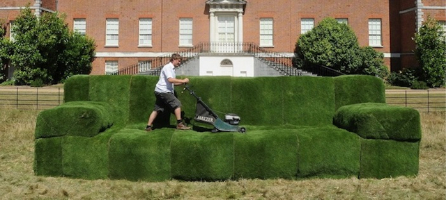 Bon As Part Of A Campaign To Get Families Outdoors, The UKu0027s National Trust  Created A Series Of Grass Covered Sofas, Including A Giant 26u2032 Grass Sofa  So Big ...