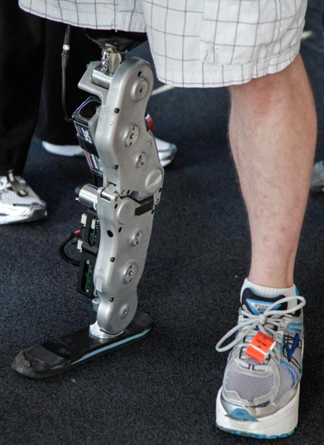 Man climbs Willis Tower with Robotic Leg