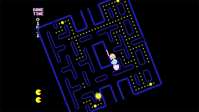 Not Pacman, A Gravity Controlled Spin on Classic Pac-Man