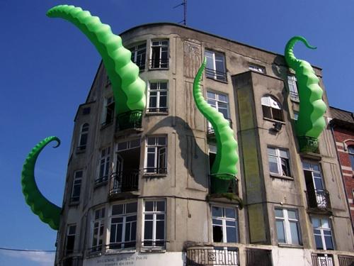 Octo-Pied Building
