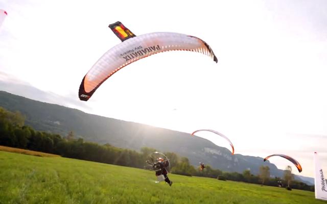 Parabatix Freestyle Paramotor Pilots Sky Racing