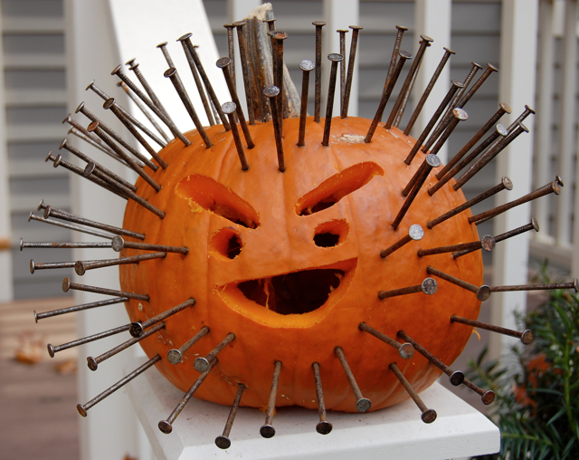 Pinhead pumpkin - Decoration de citrouille originale ...