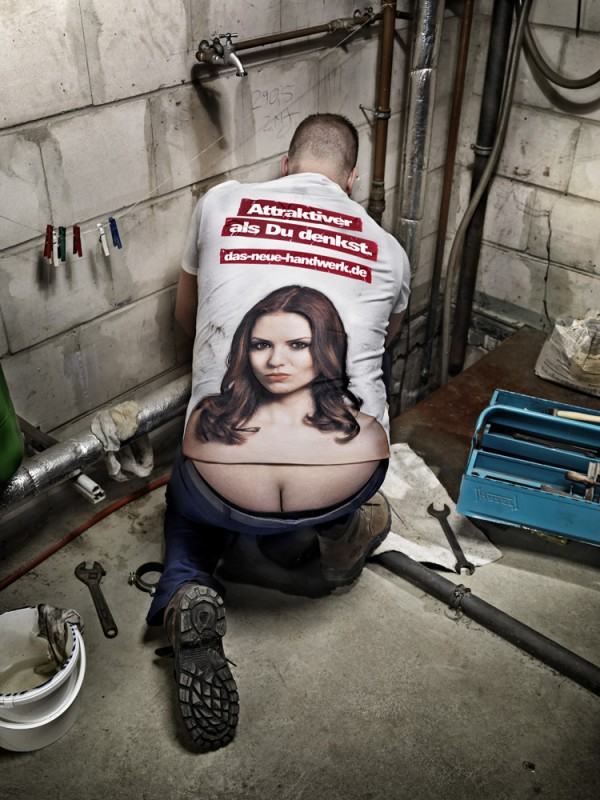 5550ab54b8 How to Turn Plumber's Crack Into Cheeky Cleavage