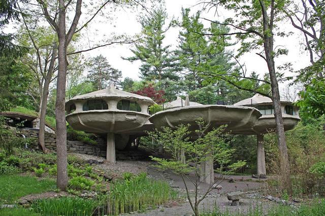 Mushroom Pod House