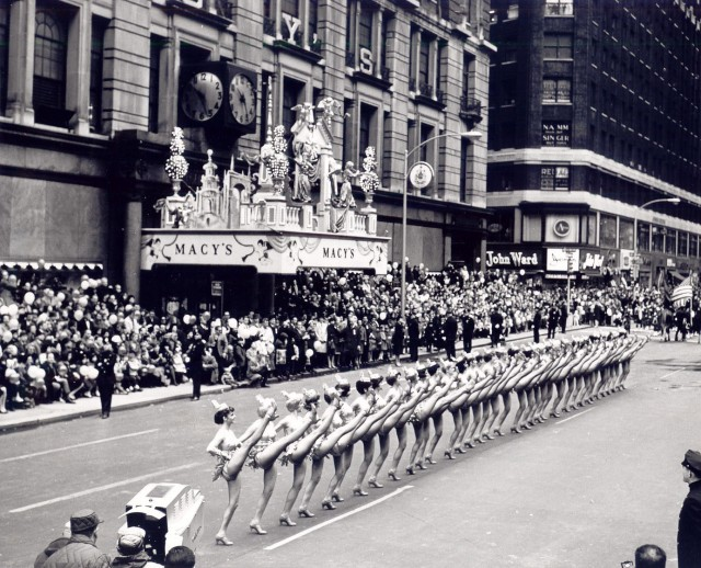 Rockettes kick Macy's Thanksgiving Day parade