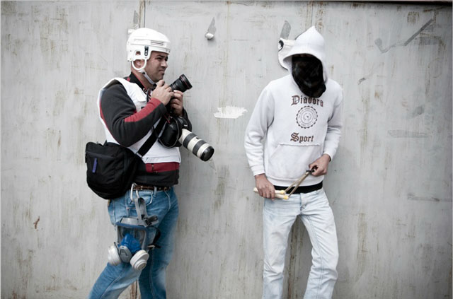 Photojournalism Behind the Scenes by Ruben Salvadori
