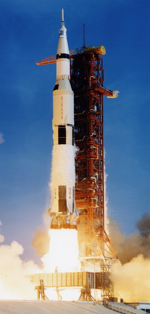 Nasa Saturn V Rocket L...