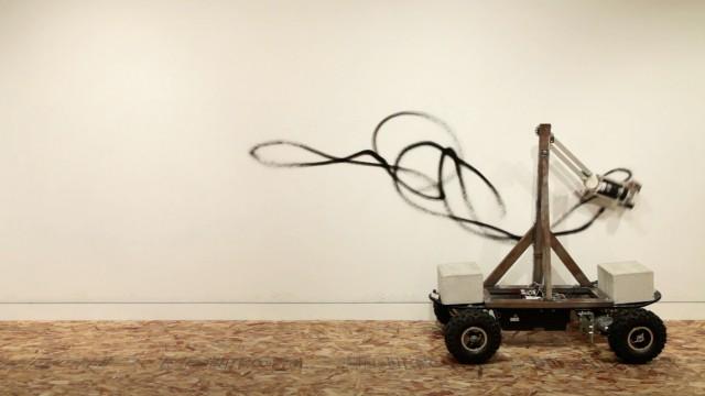 Senseless Drawing Bot by So Kanno and Takahiro Yamaguchi