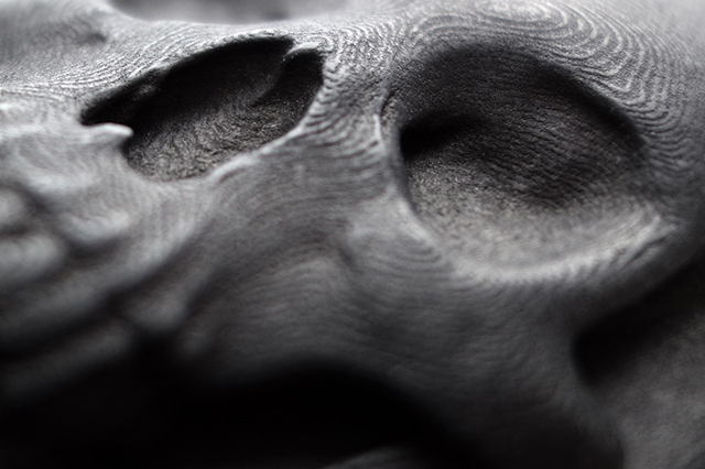 3D Printed Skull iPhone Case (Low Detail) by Hugo Arcier