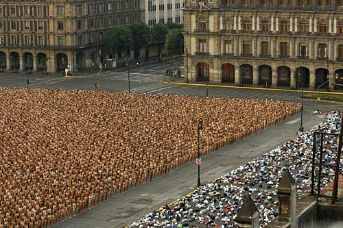 Spencer Tunick in Mexico City