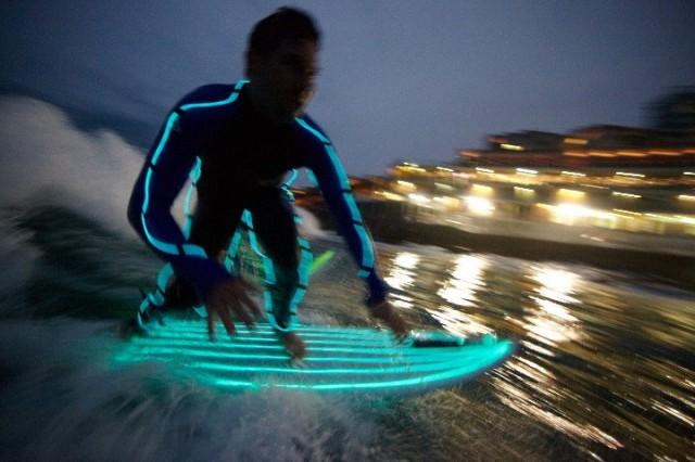 Glow in the dark night surfing